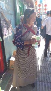 Echilibru între muncă și familie: o mamă tibetană
